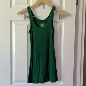 🌵3for10🌵 Green Long & Lean Ribbed Tank Top